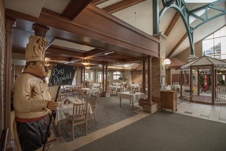Spacious dining room in Retirement at The Village of Riverside Glen